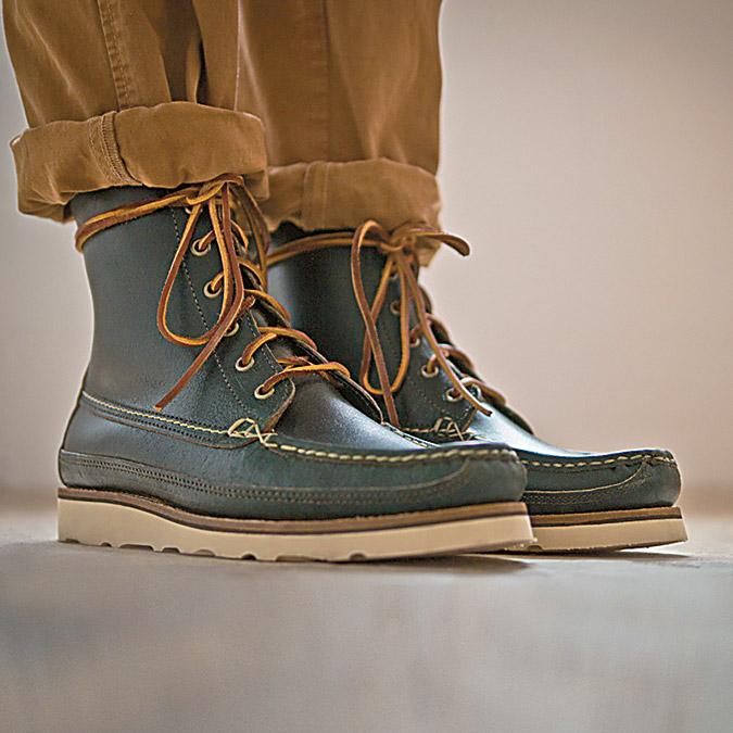 b8b5f80ebe Τα χειροποίητα μποτάκια της Oak Street Bootmakers θέλουν δουλειά έξι  εβδομάδων για να ολοκληρωθούν