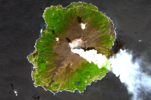 Τα 7 πιο επικίνδυνα νησιά στον κόσμο! 2c173ef21b7