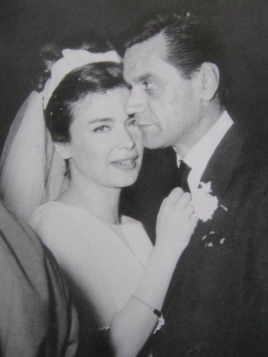 Dating 52 έτος γριά γυναίκα