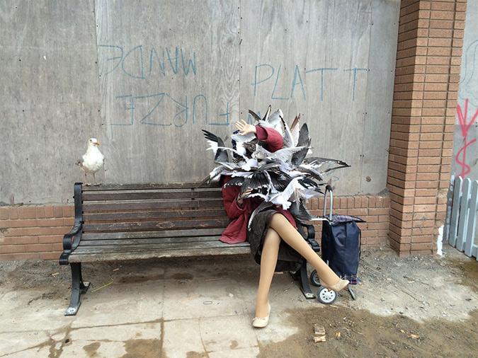 0602102457d Το αλλόκοτο αυτό πάρκο χαρακτηρίζεται ως «άκρως ακατάλληλο για παιδιά» αφού  περιέχει ακατάλληλες εικόνες, γκράφιτι με βρισιές και αγενείς υπαλλήλους  ενώ, ...