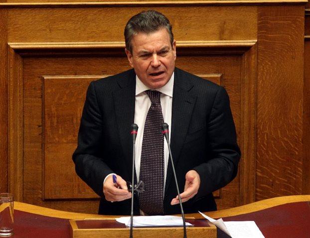 Τάσος Πετρόπουλος