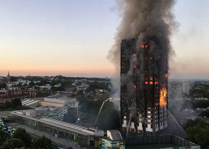 Φωτιά στο Λονδίνο