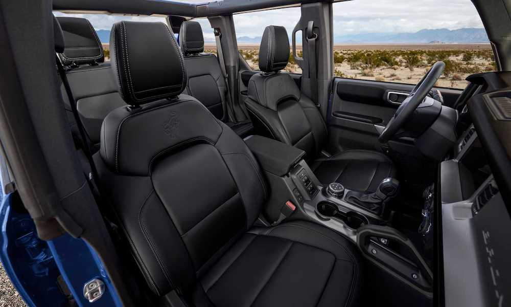 210120114018 Ford Bronco interior 1